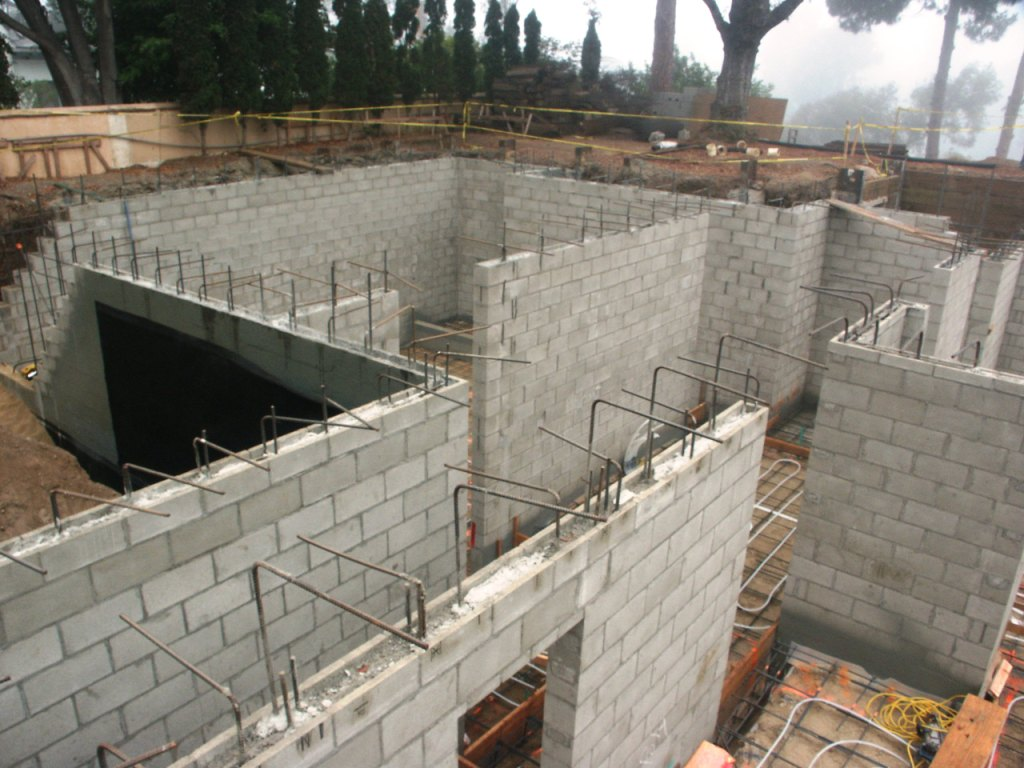 Foundations and structural concrete mike pearson for How to build a concrete block wall foundation
